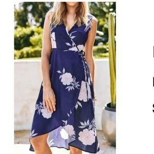 NWT Cupshe Floral Wrap Dress